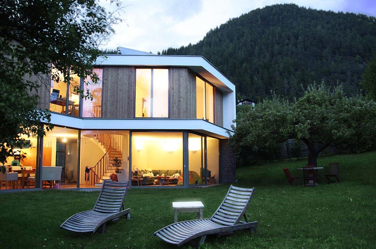 Doppelhaus bei augsburg wsm architekten for Doppelhaus moderne architektur